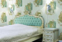 Keep the Style in Mind too / You should clearly know your personal preferences and likings while choosing the wallpaper. For instance, if you want to keep the things a little formal and sedate, then you should go for the subdued colours that are not very flashy