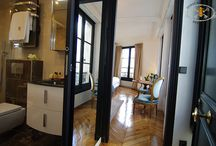 WINDOWS ON SEINE / An exquisite studio with four large windows offering a splendid view on the Quiet Seine River.
