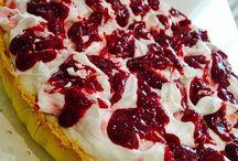 Kekler pastalar sütlü tatlılar
