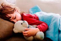 Niños durmiendo