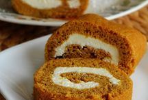Desserts / Pumpkin Roll/Cream Cheese Filling