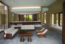 Interiorismo / Intervenciones arquitectónicas, dentro de diferentes espacios, que muestran  la dualidad entre el diseño y la arquitectura.