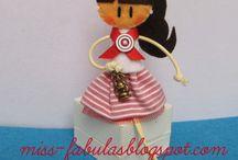 Fabulitas doll brooch - Broches muñecas Fabulitas