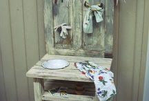 DECORATE IT / Decorating ideas I like... / by Susan Bowen