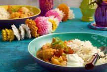 Curry Night / Aromatisch, wärmend, abwechslungsreich: Curry muss man einfach lieben! Egal, ob Sie indische Currys bevorzugen oder doch lieber Thai-Curry genießen – hier finden Sie tolle Rezepte für jeden Geschmack!