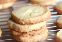 Lookie Lookie- It's a Cookie Cookie!
