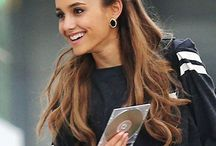 ariana grande / Her are all the photo's and gif's new and old . No metter what . She is my qween .