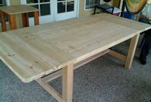 DIY Dining Room Tables / Various DIY Dining Room Table instructions.