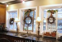 Window/Frame and Door Ideas / by Sandy Mosser
