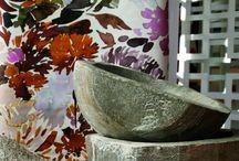 Swaffer: обновление ассортимента декоративных тканей / В этом году бренд Swaffer представил две новых коллекции — коллекцию негорючих бархатов Mineral и коллекцию принтованного льна и набивного бархата Artemisia