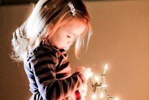 Christmas Photography Ideas / Ideas for photographers for family and children's photos during the holidays for Christmas Cards or Christmas Gifts