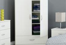 Wardrobes & Armoires / Furniture & Portable