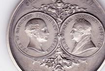 Ордена, медали, монеты и т. д.