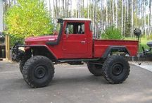 CARS - Toyota Land Cruiser FJ45  / MY FAVORIT 4X4 Japanise pick-up