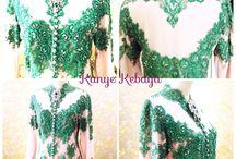 Green / Kebaya