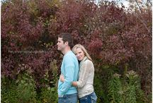 {Lovely Love} Sessions / Poses, beautiful locations and inspiration for your engagement shoot.