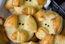Piggie shaped foods