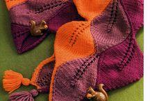 šály a šátky (scarves)