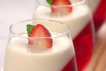 Strawberry Panna cotta / Panna cotta Strawberry-coconut truffles