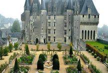 Замки, костелы и крепости