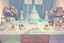 """Cinderela / Um Aniversário, com um carinho especial para Cinderela, uma festa de aniversário mágica e com a própria Cinderela """"aniversariante"""". Temos a certeza que seus desejos se tornaram realidade!  (Fada Madrinha - #ToqueMágico)."""