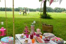The box - Pique-nique sur l'herbe / Retrouvez l'article correspondant à ce lien :  blog.photobox.fr/dites-oui-a-la-garden-party/