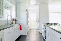 Cabinets / Kitchen