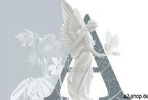 Weihnachten / Engel mit Taube auf der Hand.