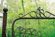 My Garden Dreams... / SISTERS ANTIQUES