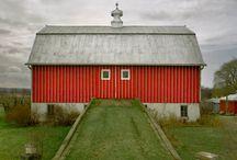 barns / by Jill B