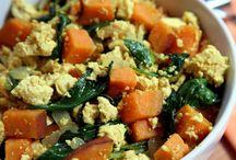 Meatless meals / Vegan and vegetarian delights.