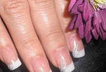 Polished finger nails