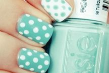 Nail Designs / by Rhea Hatzistavrakis