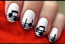 Nails <3 / by Christina Haan