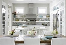 Kitchens / by Laura Thornton