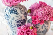 Ginger Jar Decor / Love ginger jars? This board features beautiful ginger jars used in chinoiserie decor, vignettes, tablescapes and more.  / by Monica Benavidez