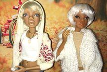 Mooqla doll