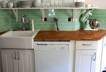Black and Green Kitchens / Retro and modern kitchens