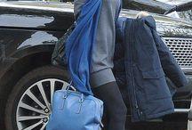 Różne odcienie niebieskiego / ► Styl gwiazd: Claudia Schiffer◄  Błękitne, granatowe albo turkusowe, torebki we wszystkich odcieniach niebieskiego znajdziecie na www.torebki.pl