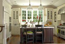 Kitchens / by Tosha Callahan
