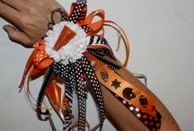 Homecoming Wrist Mums / Celebrate homecoming with a DIY wrist mum! Use ribbons in your school colors to show your school spirit.