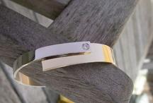 Portfolio bracelets