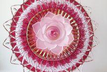 Тарелки в виде цветов для сада