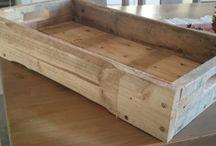 Bræltebrygg's Pallesnekreri / Møbler og bar relaterte ting laget av gamle paller