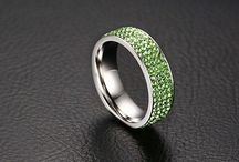Traumhaft Damen Edelstahl Ring Green Zirkonia  Gr 56 (17,8 mm Ø) 15,90 Euro