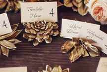 Wedding Place Cards / Different Place Card Ideas that Indicate the Meal Options of your Guests