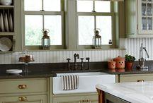 Kitchens / by Tammy Barnes