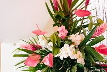 Arrangements floraux / by Bianka Bessette