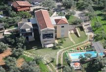 "Villa Catani #Crete #Greece #Island /  The villa Catani is located in a rural area of the western part of Crete, an idyllic spot in the countryside of Nea Kydonia , 10 minutes drive from the historic town of Chania and only 800 m from the sea "" Kalamaki "" with many nearby beaches of fine sand. http://www.mygreek-villa.com/fr/rent-villa-search-2/villa-catani-ile-de-cr%C3%A8te-gr%C3%A8ce"