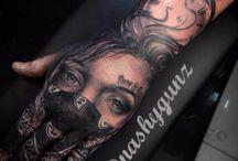 Kéz tetoválások